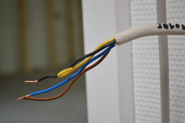 Końcówki kablowe tulejkowe z izolacją